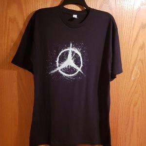 Black casual tshirt